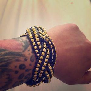 Jewelry - 🌹Leather studded bracelet
